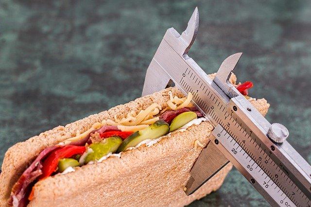 Metr měřící tloušťku sendviče