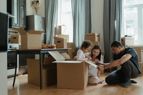 stěhování rodina